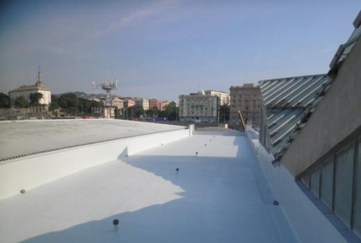 Impermeabilizzazione COVERFLEX su vecchia copertura in guaina padiglione FIERA GENOVA